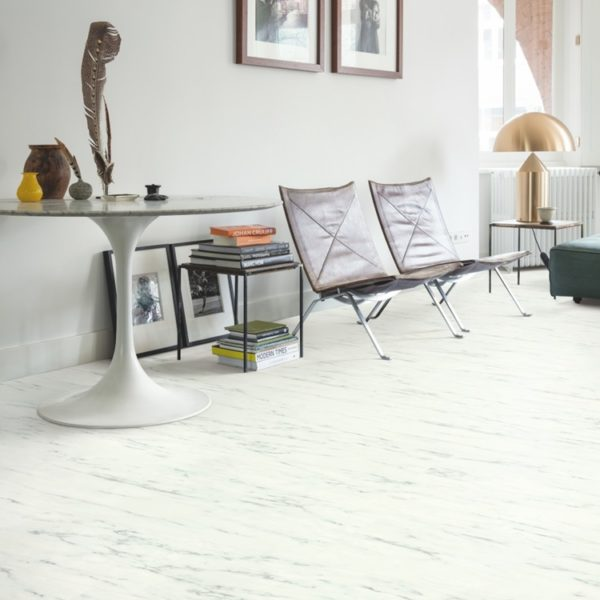 Quick-Step Ambient Glue Plus Carrara Marmer Wit