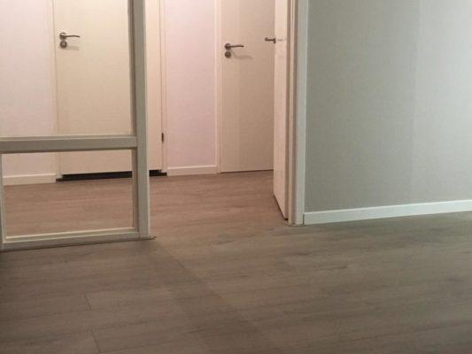 Quick step pvc pulse click vloer en trap het rijswijkse vloerenhuis